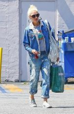GWEN STEFANI Out Shopping in Los Angeles 07/08/2019