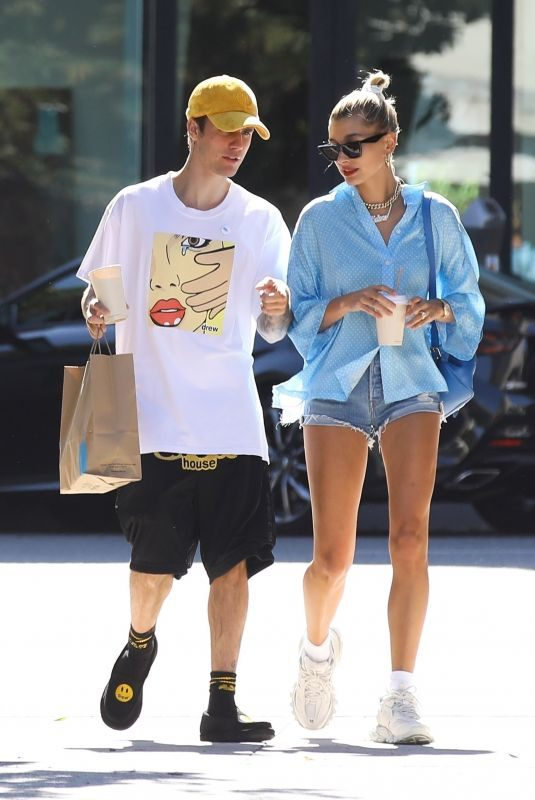 HAILEY and Justin BIEBER Out for Coffee in Beverly Hills 07/19/2019