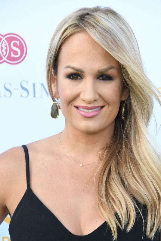 JENN BROWN at Cedars-sinai and Sports Spectacular's 34th Annual Gala in Inglewood 07/15/2019