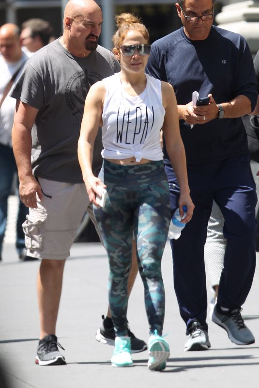 JENNIFER LOPEZ Leaves a Gym in New York 07/19/2019