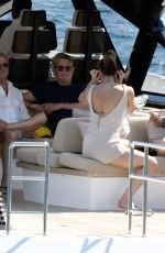 KATHARINE MCPHEEand David Foster on the Amalfi Coast 07/03/2019
