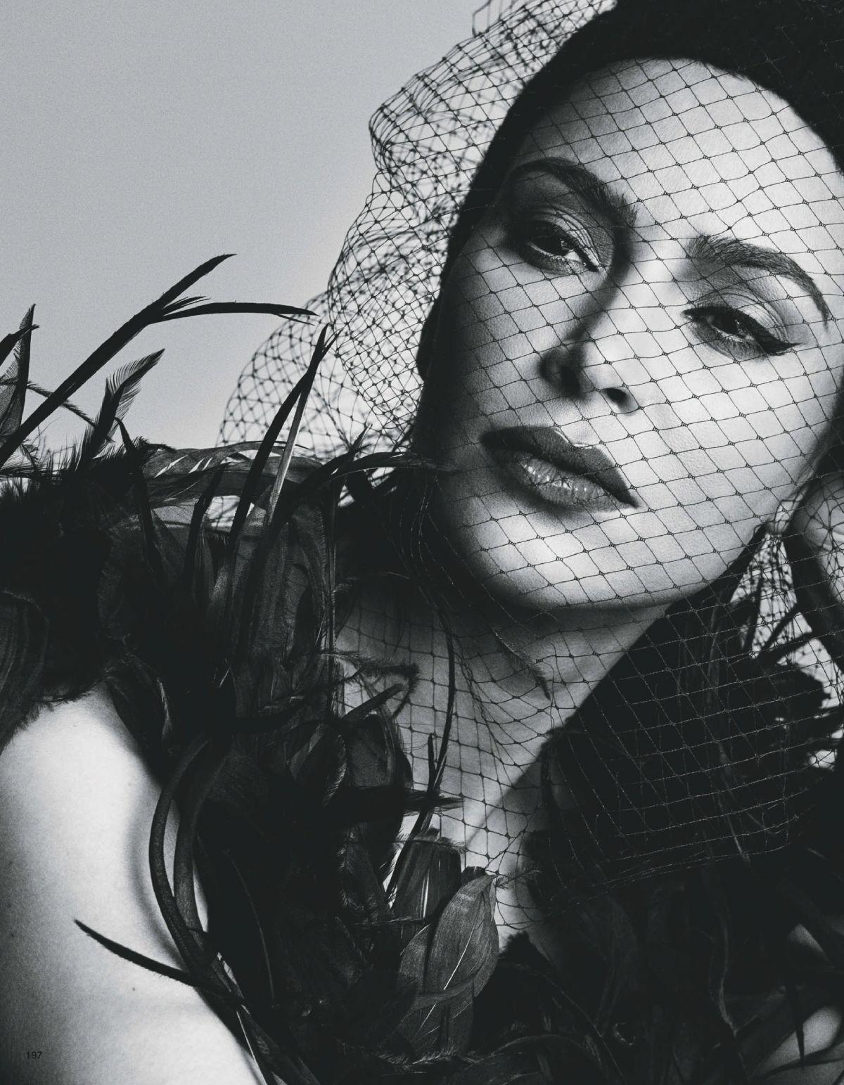 Kim Kardashian - Vogue Spain Magazine (August 2015) - Page