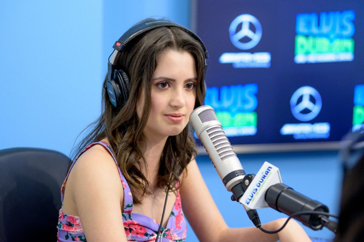 LAURA and VANESSA MARANO at Elvis Duran Z100 Morning Show in