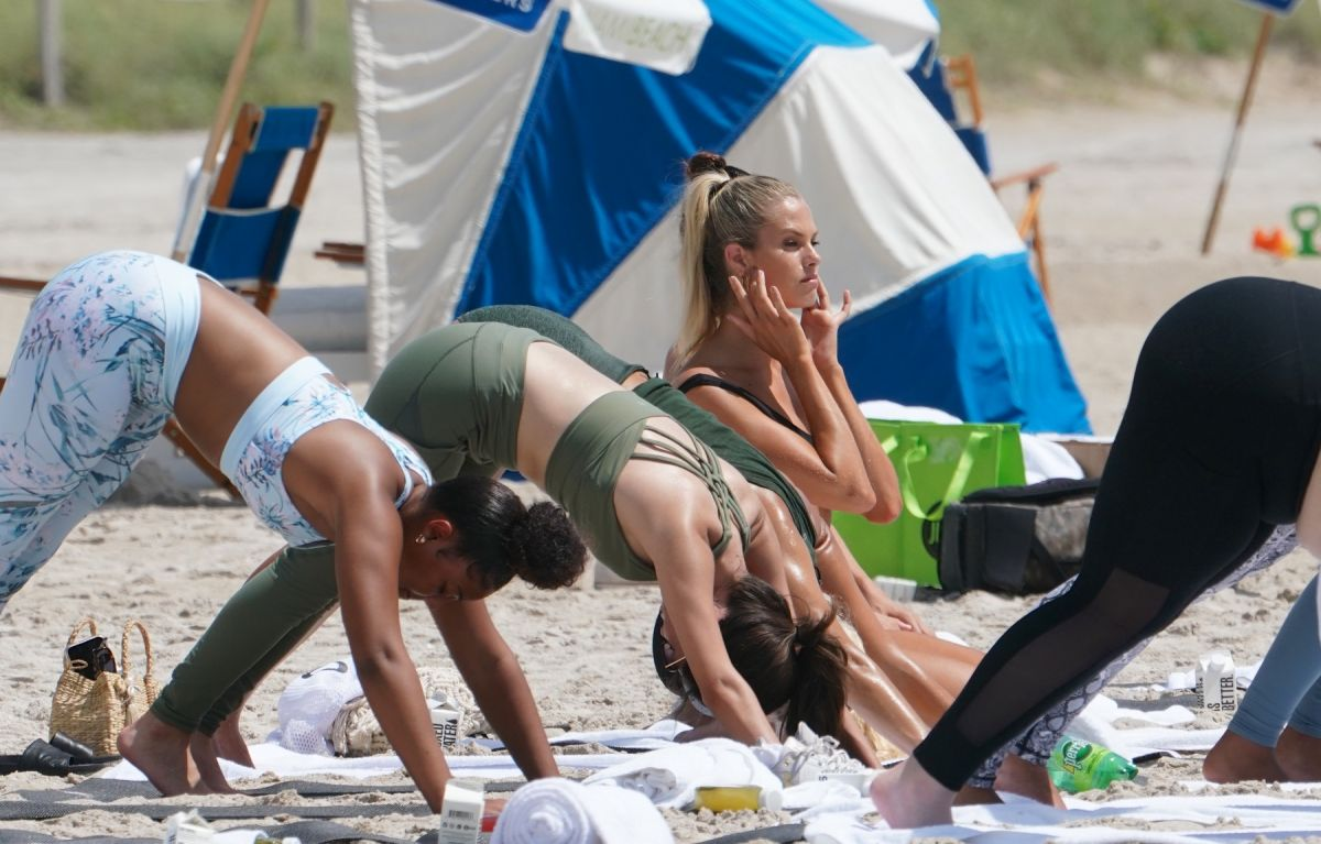 NATALIE ROSER At Yoga Class At A Beach In Miami 07/14/2019