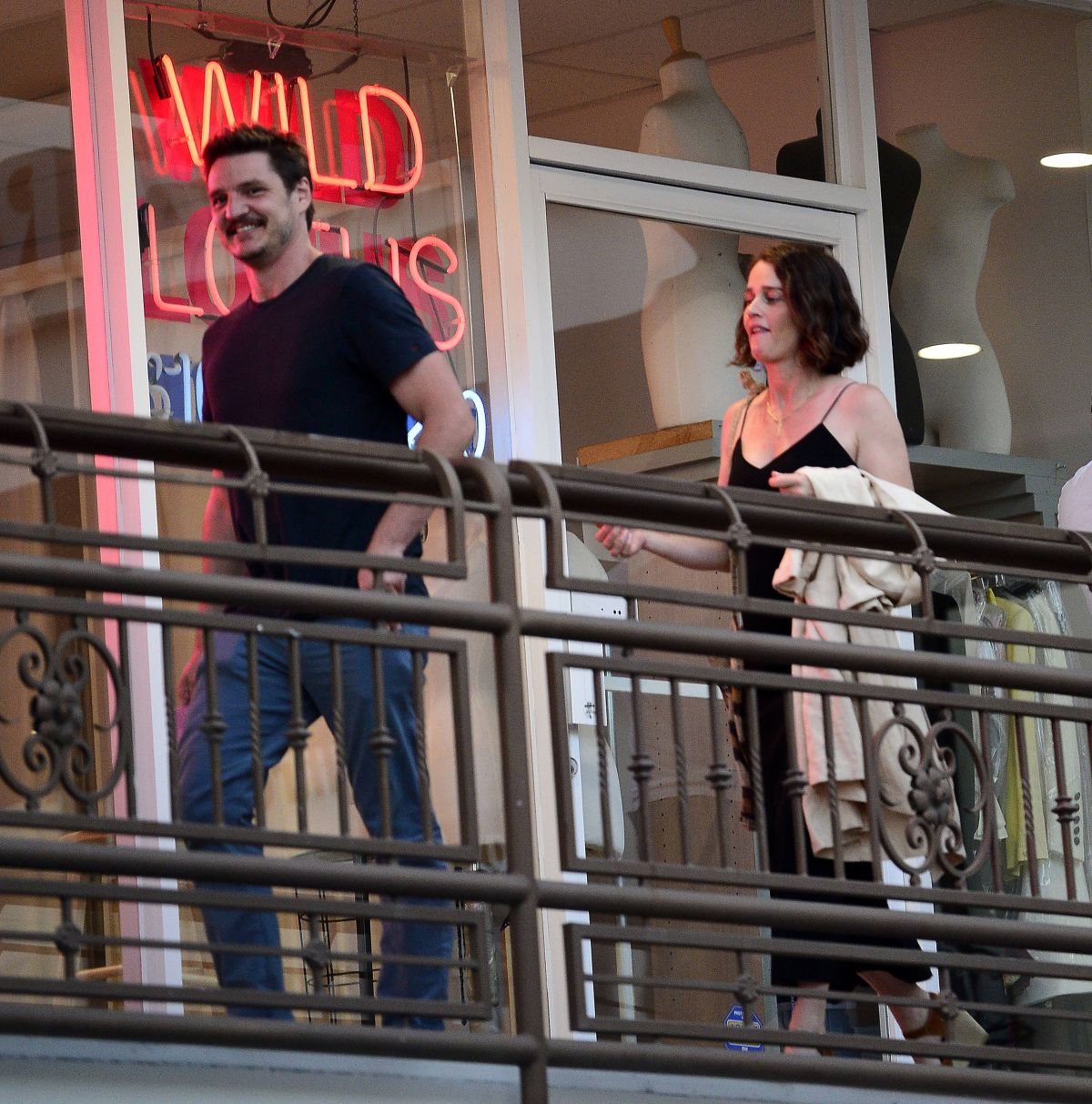 ROBIN TUNNEY and Pedro Pascal Out for Dinner in Los