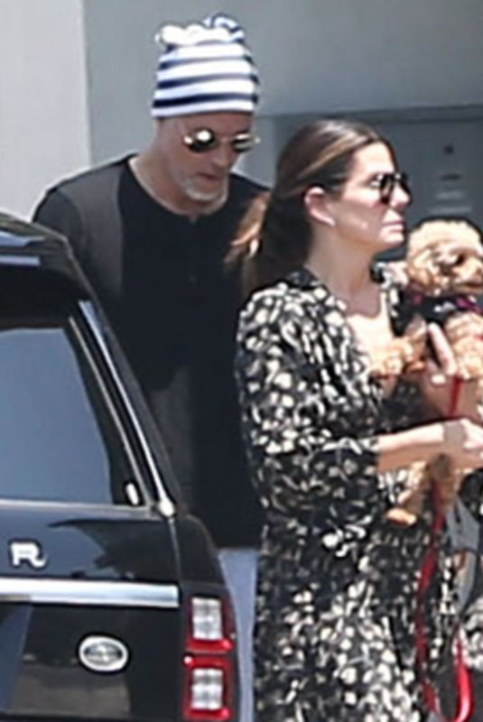 SANDRA BULLOCK and Bryan Randall Out with Their Dog in Los Angeles 07/08/2019