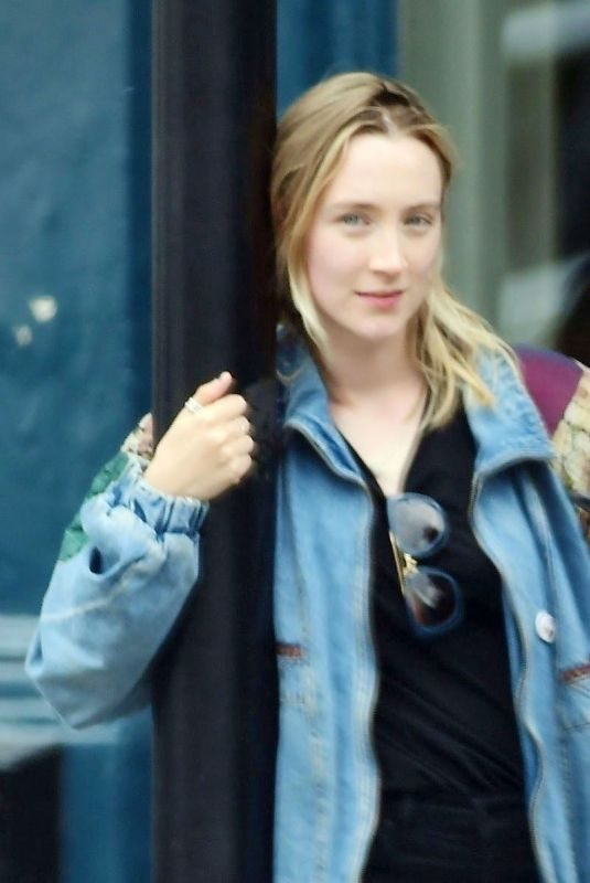 SAOIRSE RONAN at a Pub in Notting Hill 07/09/2019