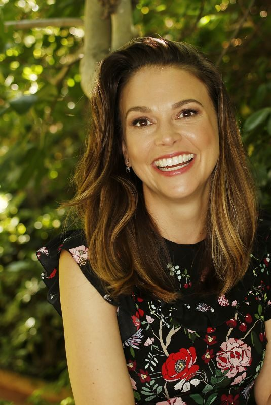 SUTTON FOSTER for Los Angeles Times, 2019