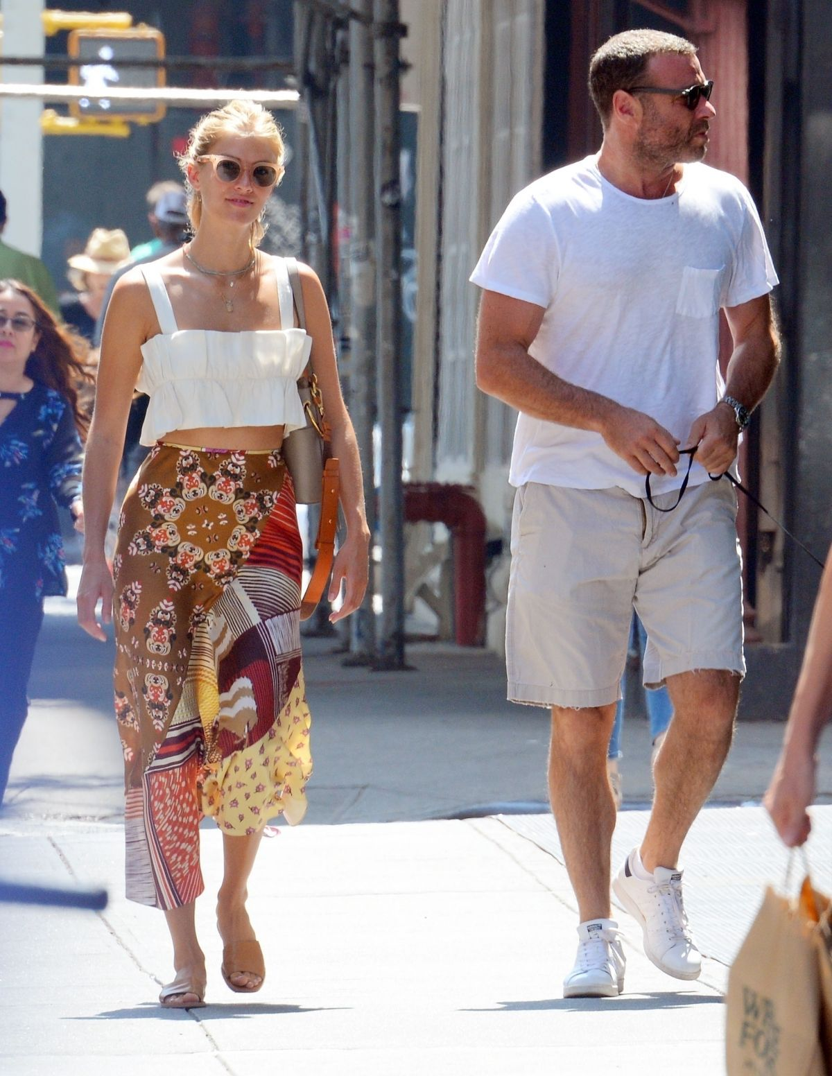TAYLOR NEISEN and Liev Schreiber Out with Their Dog in New ...