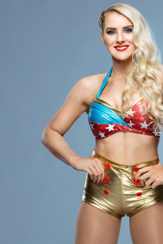 Wwe Lacey Evans Celebrates 4th Of July Hawtcelebs