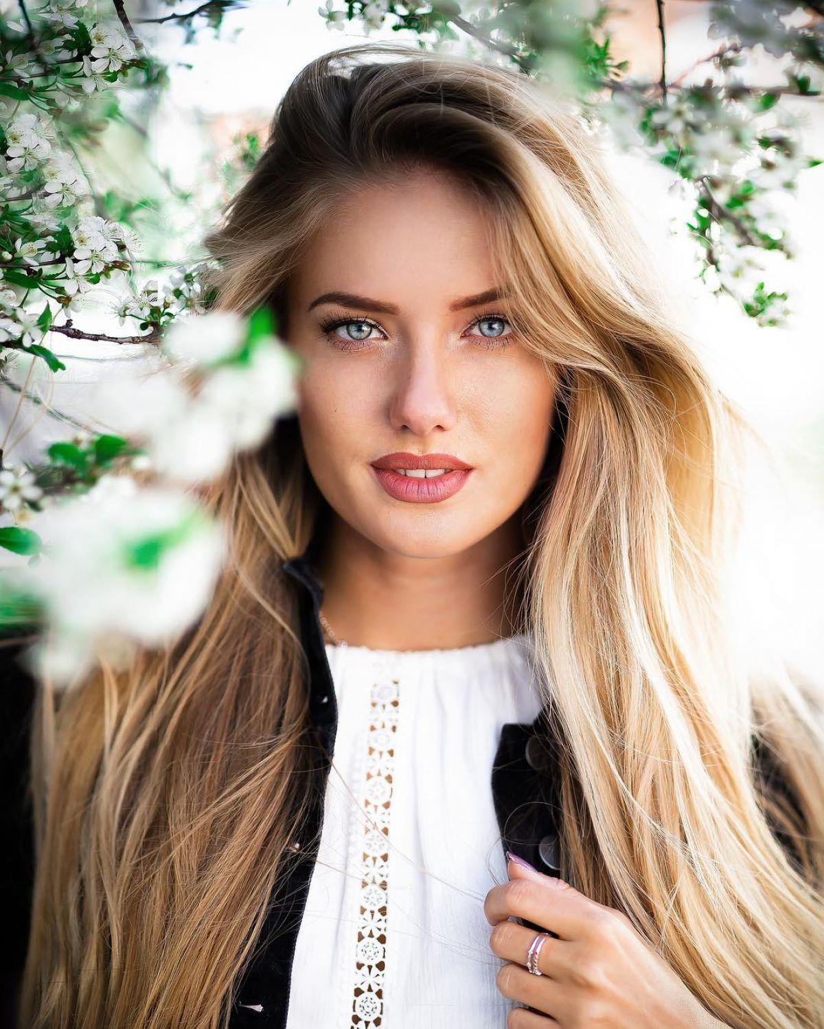 ALICA SCHMIDT - Instagram Photos and Videos - HawtCelebs