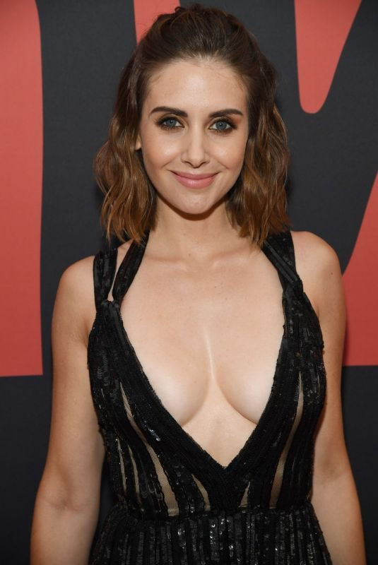 ALISON BRIE at 2019 MTV Video Music Awards in Newark 08/26/2019