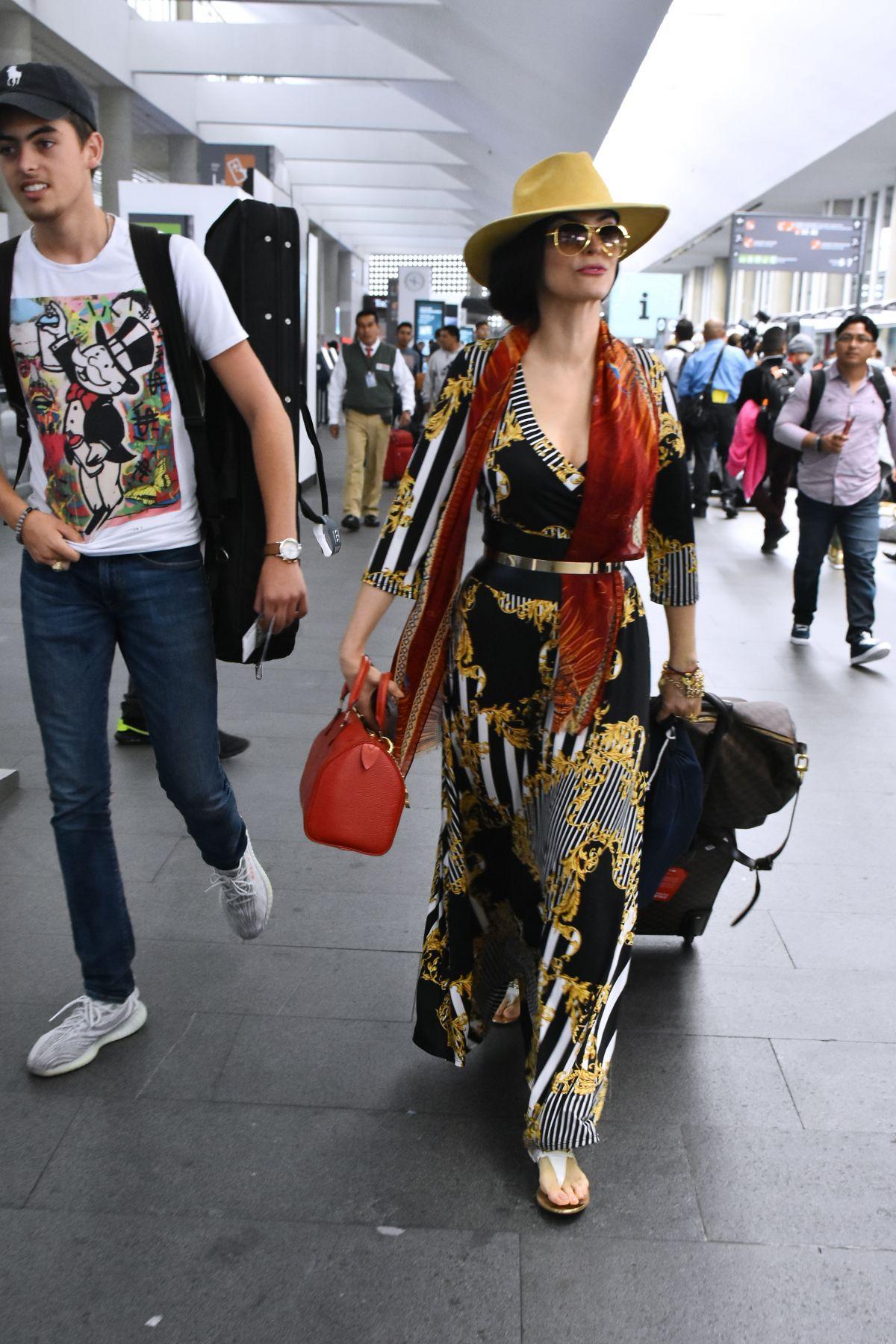 ANA BARBARA At Mexico City International Airport 08/01