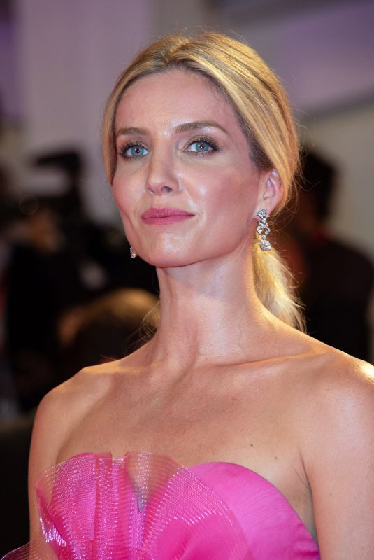 ANNABELLE WALLIS at Seberg Premiere at 76th Venice Internatinal Film Festival 08/30/2019