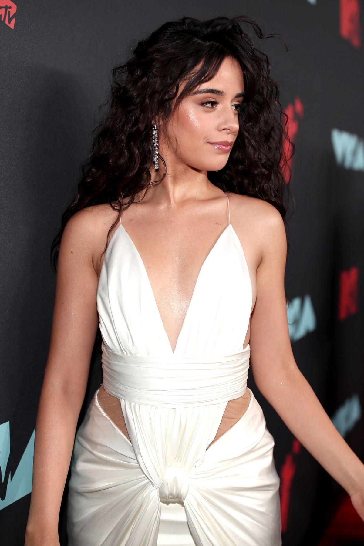 Camila Cabello aux MTV VMA's 2019