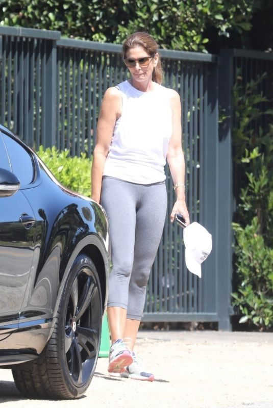 CINDY CRAWFORD Out and About in Malibu 08/25/2019