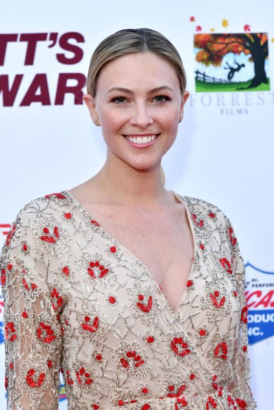 COURTNEY HOPE at Bennett's War Premiere in Hollywood 08/13/2019