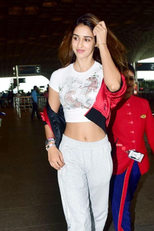 DISHA PATANI Arrives at Airport in Mumbai 08/08/2019