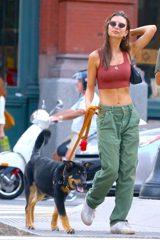EMILY RATAJKOWSKI Out with Her Dog in New York 08/17/2019