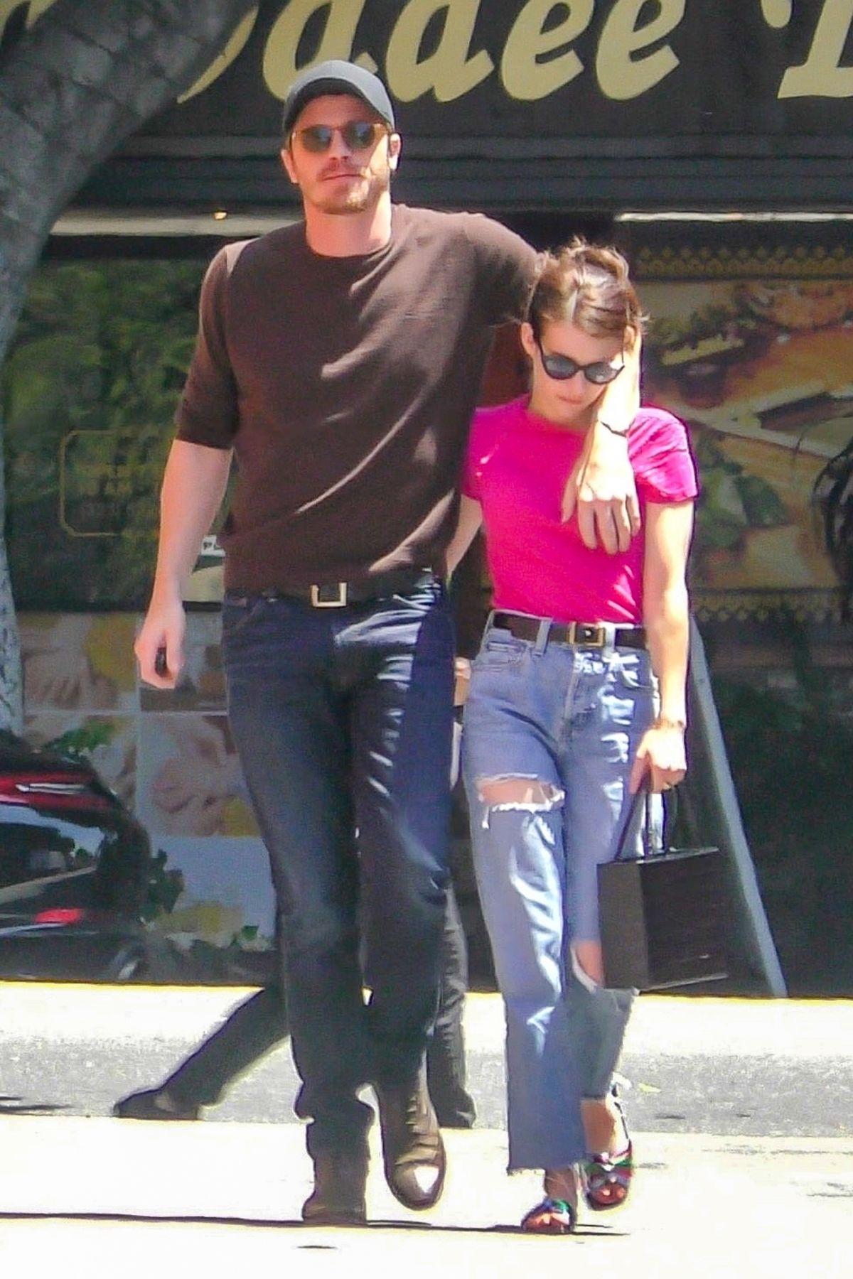 EMMA ROBERTS and Garrett Hedlund Out in Los Feliz 08/09 ...