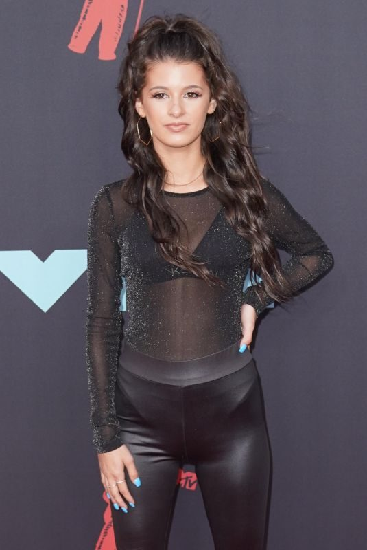 GIANNA FERAZI at 2019 MTV Video Music Awards in Newark 08/26/2019