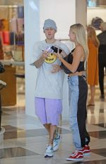 HAILEY and Justin BIEBER at Barney