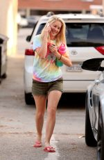 HEIDI MONTAG Out and About in Pacific Palisades 08/28/2019