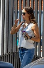 JENNIFER GARNER Out and About in Los Angeles 08/12/2019