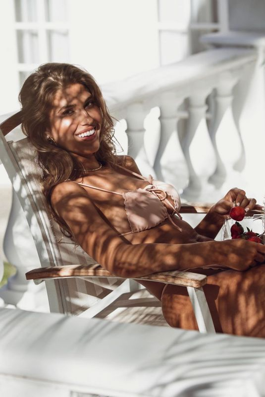 KARA DEL TORO at a Photoshoot, August 2019