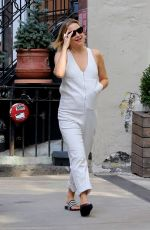 KATE HUDSON at Tumi Store in New York 08/17/2019