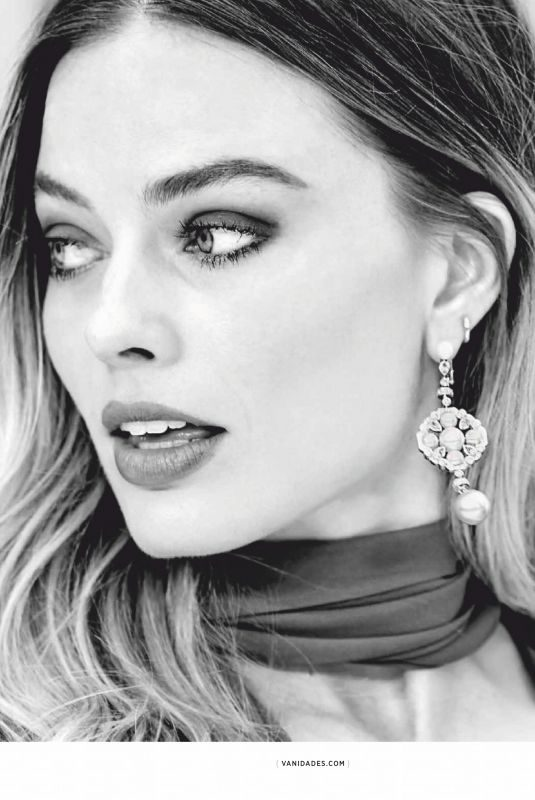 MARGOT ROBBIE in Vanidades Mexico, August 2019