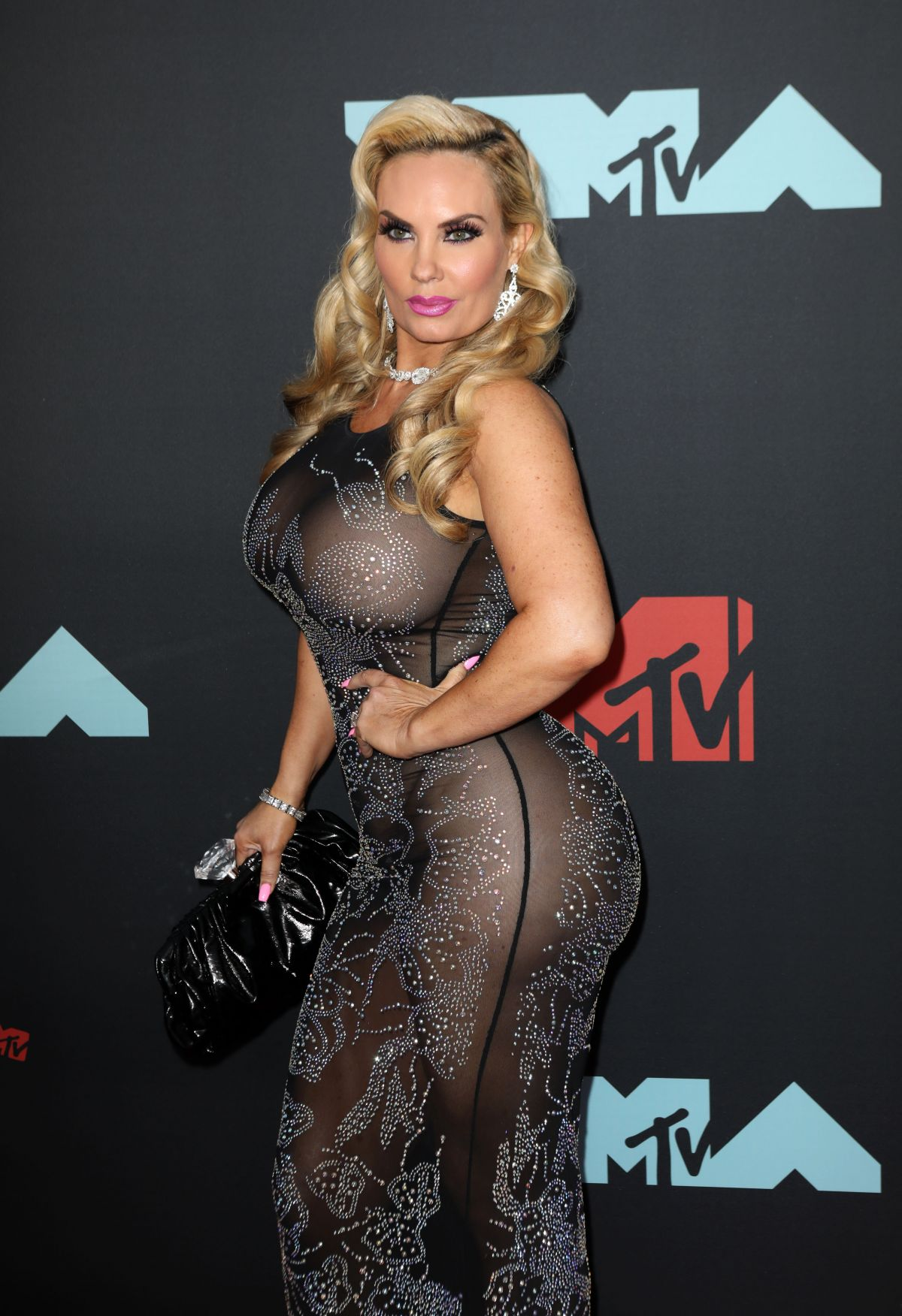 NICOLE COCO AUSTIN at 2019 MTV Video Music Awards in
