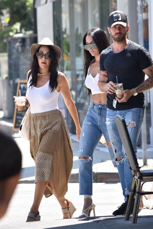 NIKKI and BRIE BELLA and Artem Chigvintsev Out for Lunch in Los Angeles 08/08/2019