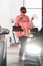 OLIVIA JADE Leaves Nails Salon in Los Angeles 08/23/2019