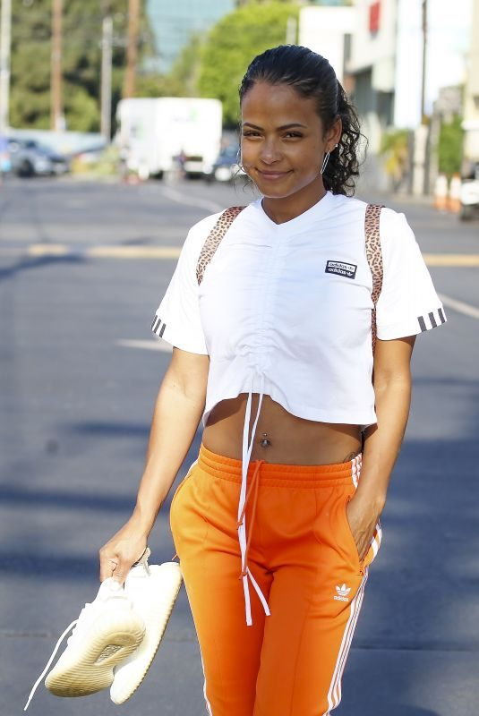 Pregnant CHRISTINA MILIAN Leaves a Nail Salon in Los Angeles 08/09/2019