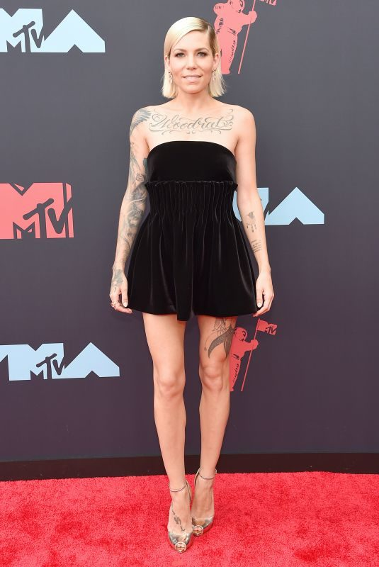 SKYLAR GREY at 2019 MTV Video Music Awards in Newark 08/26/2019