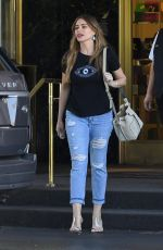 SOFIA VERGARA Shopping at Saks Fifth Avenue in Beverly Hills 08/20/2019