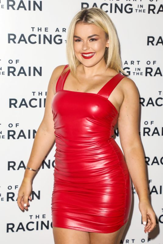TALLIA STORM at The Art of Racing in the Rain Special Screening in London 08/03/2019