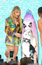 TAYLOR SWIFT at Teen Choice Awards 2019 in Hermosa Beach 08/11/2019