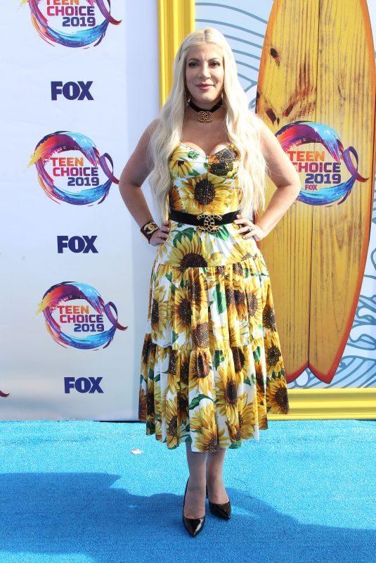 TORI SPELLING at Teen Choice Awards 2019 in Hermosa Beach 08/11/2019