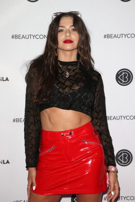 VICTORIA KONEFAL at Beautycon Festival 2019 in Los Angeles 08/10/20