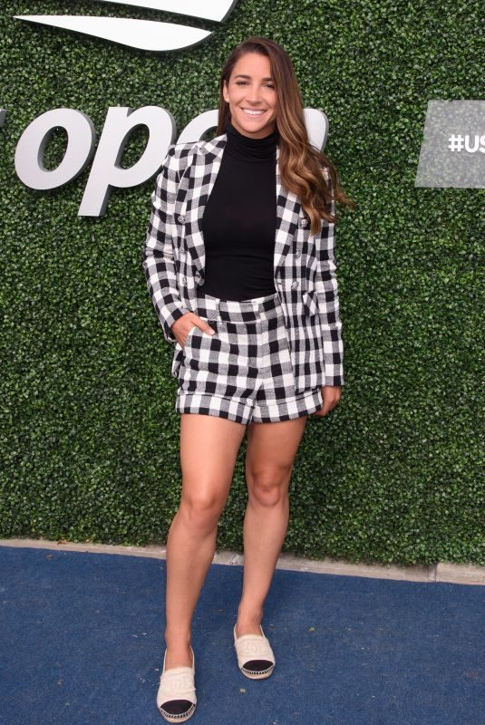 ALY RAISMAN at US Open 2019 Women's Final in New York 09/07/2019