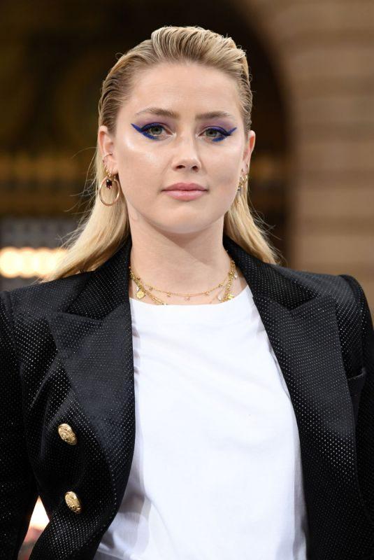 AMBER HEARD at Le Defile L'Oreal Paris Show at Paris Fashion Week 09/28/2019