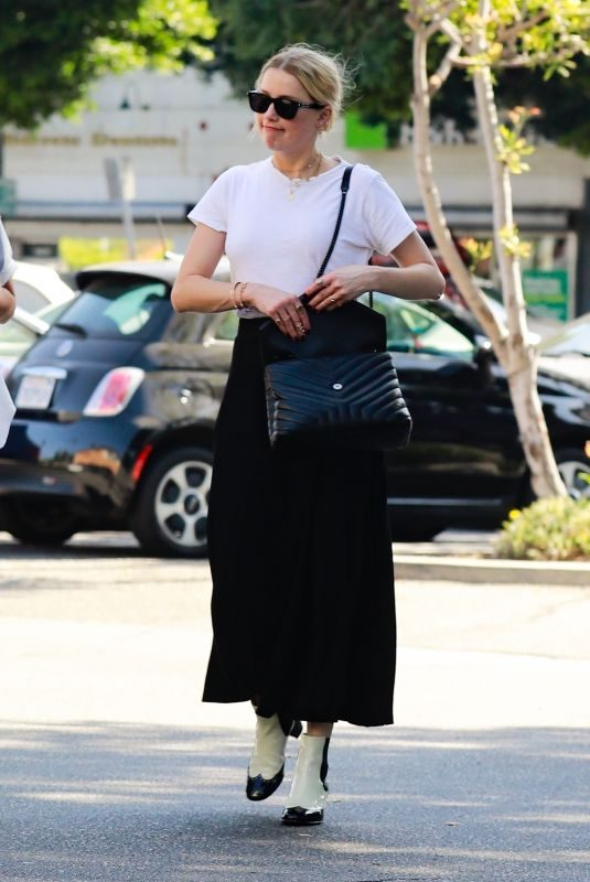 AMBER HEARD Out in Echo Park in Los Angeles 09/20/2019