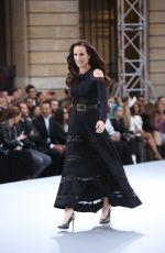 ANDIE MACDOWELL at Le Defile L