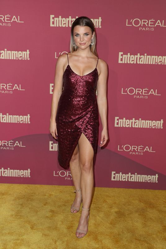 ANDREA BOEHLKE at 2019 Entertainment Weekly and L