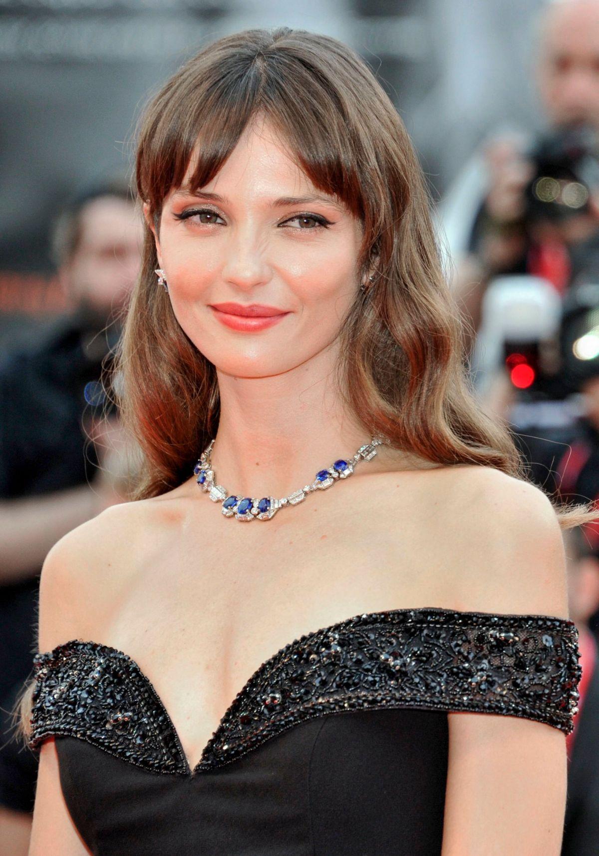ANNABELLE BELMONDO at Martin Eden Premiere at 76th Venice ...