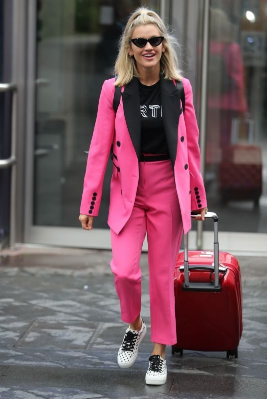 ASHLEY ROBERTS Leaves Heart Radio in London 09/26/2019