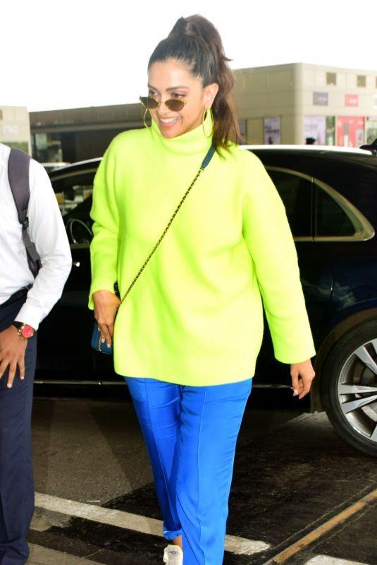 DEEPIKA PADUKONE Arrives at Mumbai Airport 09/14/2019