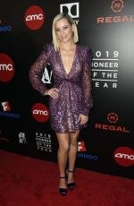ELIZABETH BANKS at Will Rogers 78th Annual Pioneer Dinner in Beverly Hills 09/25/2019